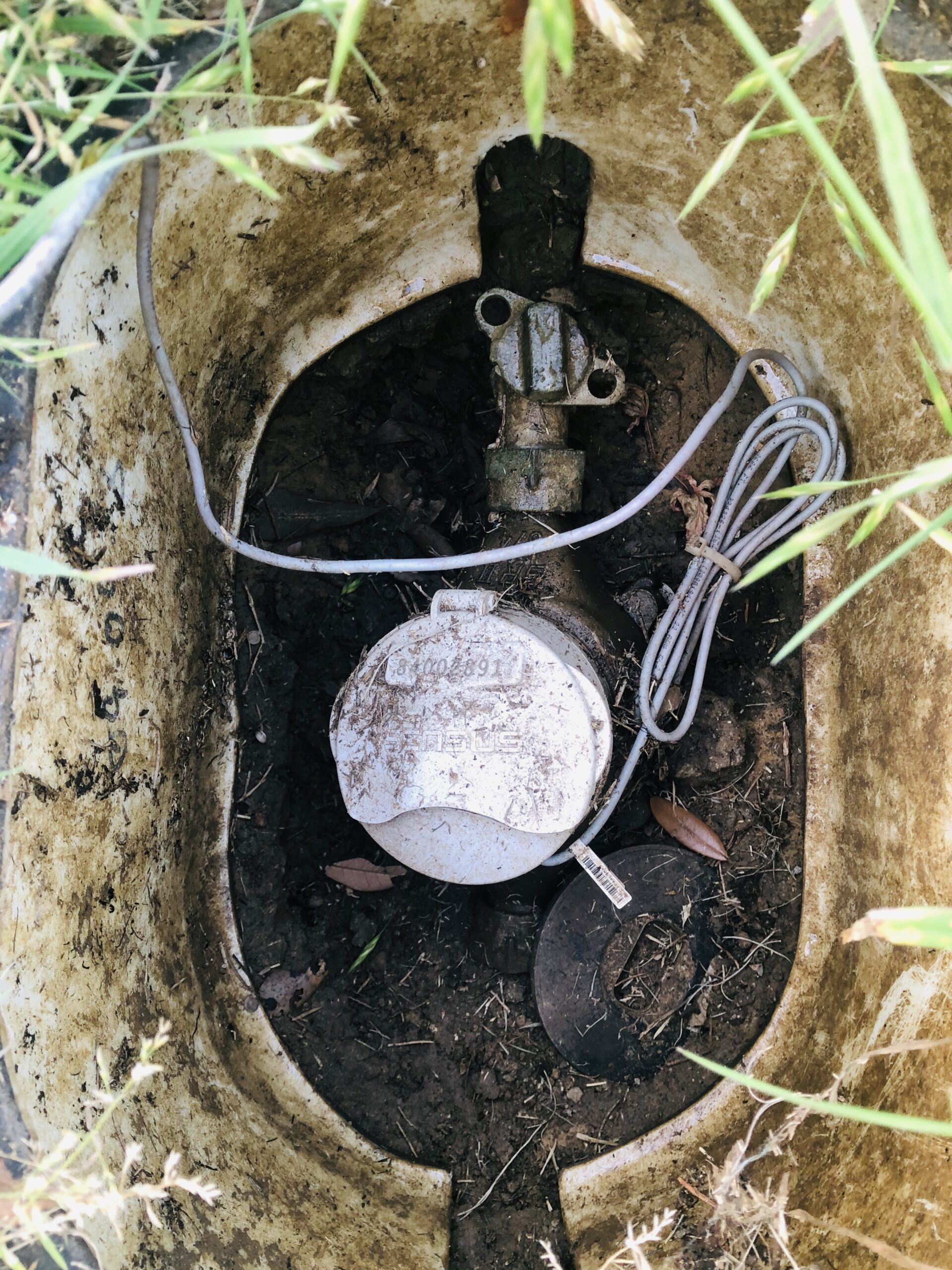 water shut off valve